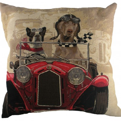 LC031 - 18' Wacky Races Red Cushion